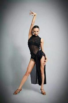 sexy in black Latin Ballroom Dresses, Ballroom Dancing, Latin Dresses, Acro Dance, Dance Ballet, Dance Shoes, Cabaret, Dancer Tattoo, Baile Latino