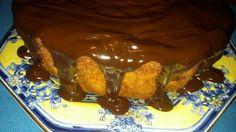 Pitadas De Açúcar...: Bolo De Cenoura Com Cobertura De Chocolate