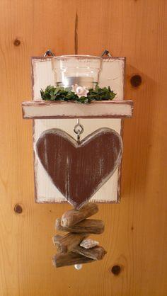 Teelichthalter mit ❤Herz❤ Treibholz, für die Wand. von DekoHolzStube auf DaWanda.com