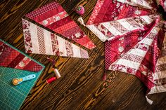 11376_QuiltedTreeSkirt_CarolineFairbanksCritchfield-HolidayMini_retouched_1_11376.jpeg
