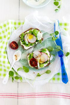 roasted almond fava bean & pea tartines with labneh