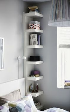 Bedroom Storage Ideas - small bedroom design ideas and home staging tips for small rooms Maximize Small Space, Organize Small Spaces, Desks For Small Spaces, Create Space, Wall Shelf Unit, Shelf Units, Shelving Units, Narrow Shelves, Shallow Shelves