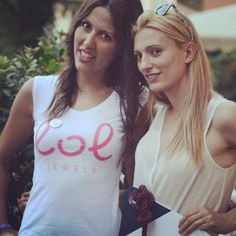 #totalwhite .. Un outif adatto ad un aperitivo estivo per le vie di #milano. Con il #white nn si sbaglia mai.