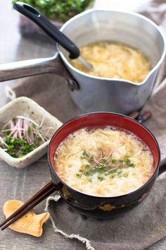 Kakitamajiru (Japanese Clear Soup with Eggs)