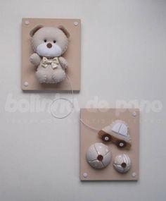 Quadro Urso com Brinquedos Bege | Bolinha de Pano | 26EDBB - Elo7