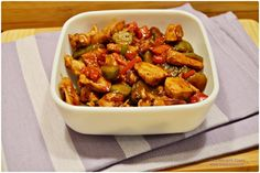 Piept de pui cu legume in sos de soia - Retete Timea Kung Pao Chicken, Chinese Food, Food And Drink, Vegan, Cooking, Health, Ethnic Recipes, China, Dukan Diet