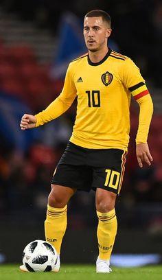 Belgium National Football Team, National Football Teams, Chelsea Fc, Belgium Team, Eden Hazard Chelsea, Sports Celebrities, Football Boys, Isco, Fc Barcelona