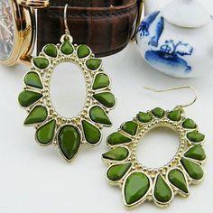 $3.62 Pair of Bohemia Openwork Drop Pendant With Rhinestone Earrings For Women