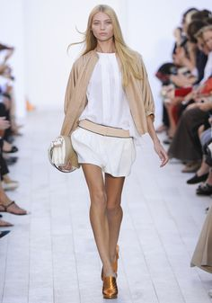 Beige and white by Chloé