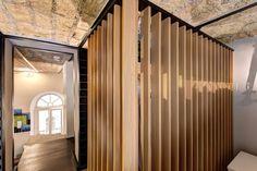 Originale, la cabina armadio a listelli...