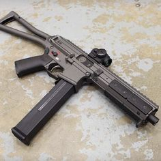 gunsdaily: Something new and .45 ACP from LWRC. This looks pretty darn sexy! #LWRC #subgun #45acp