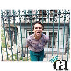 Nuevo STREET STYLE ! Estampados florales para él y ella en www.CarlosArnelas.com/ArmariodeArnelas ✨✨ #ArnyLooks #StreetStyle #elArmariodeArnelas #ArnyEstilismos #yaesprimavera #arnyprimavera