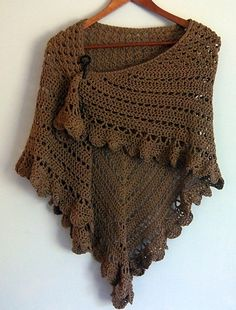 Arya's Escape Shawl: free crochet pattern, follow pattern link...