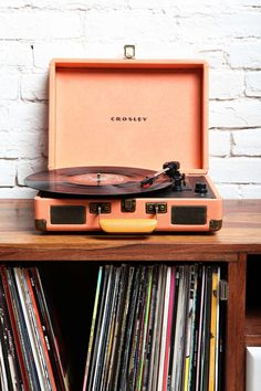 Urban Outfitters Crosley X UO Cruiser Briefcase Portable Vinyl Record Player - Urban Outfitters (turquoise) Crosley Record Player, Portable Record Player, Vinyl Record Player, Record Players, Vinyl Records, Lp Vinyl, Record Player Urban Outfitters, Urban Outfitters Gifts, Fred Instagram