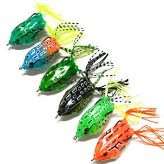 6Pcs Plastic Frog Crank baits Fishing Lures Top Water Fish Tackle Hook 5.5cm