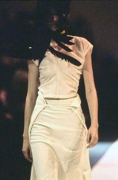 Comme des Garçons Spring 1994 Ready-to-Wear Accessories Photos - Vogue
