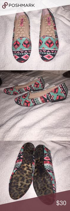 BOGO 50% OFF Betsey Johnson Flats Super cute, bright and colorful Aztec pattern. Gently used. Some wear on the bottoms but no noticeable wear on the inside of the shoes! Betsey Johnson Shoes Flats & Loafers