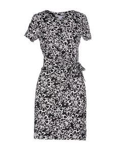 DIANE VON FURSTENBERG Short Dress. #dianevonfurstenberg #cloth #dress