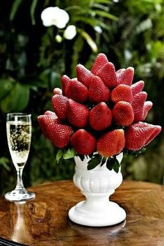 Edible centerpiece - Strawberries - serve with champagne