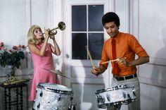 Catherine Deneuve et George Chakiris dans « Les demoiselles de Rochefort » de Jacques Demy en 1966.