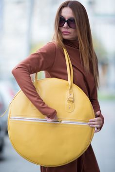 Leather Tote Bag, Italian Leather Yellow Tote Circle Bag, Genuine Leather Bag, HandMade by EUGfashion by EUGfashion on Etsy Leather Bags Handmade, Handmade Bags, How To Make Handbags, Purses And Handbags, Luxury Handbags, Cheap Handbags, Ethno Style, Bags Online Shopping, Round Bag