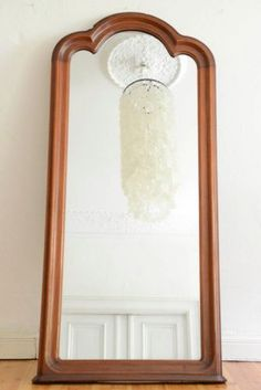 This large wall mirror of late Biedermeier can be used both hanging and standing. Mirrors For Sale, Vintage Design, Wall Mirror, Berry, Antiques, Furniture, Home Decor, Tall Wall Mirrors, Full Body Mirror