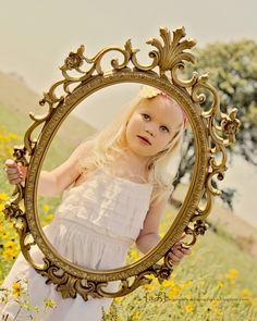 Little girl photography Kids Birthday Photography, Little Girl Photography, Children Photography, Little Girl Photos, Girl Pictures, Photography Projects, Photography Props, Girl Photo Shoots, Photo Sessions