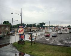 Stephen Shore: Uncommon Places: The Complete Works Stephen Shore, William Eggleston, Saul Leiter, Ironwood Michigan, Gravity Falls, New Topographics, Life Is Strange, Small Towns, Street Photography