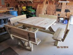 another picnic table idea, 4 sided picnic bench, no plans in link Yard Furniture, Pallet Furniture, Furniture Projects, Home Projects, Cool Furniture, Picnic Table Plans, Picnic Tables, Wood Crafts, Woodworking Projects