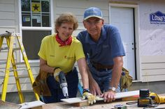 Millard and Linda working - photopartner Photo Look, Your Photos