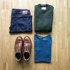 A rugged classic! #tngoutfitgrid __________ Shirt: @houseoffraser Boots: @randbman Jeans: @ukgap Jumper: @racinggreengb ___________ #racinggreengb #jumpers #houseoffraser #gap #randbman #russellbromley #mensboots #flatlay #flatlays #outfitinspo #outfitgrid #outfitgrids #ootdmen #ootdfashion #stylishmen #styled
