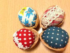ハンドメイド:胡桃の殻のピンクッション