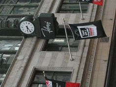 Filenes...the clock is there, but the store is not. Taken just before its closing in 2007...