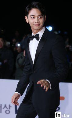 151126 Minho - The 36th Blue Dragon Film Awards