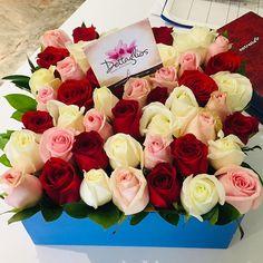 Nuestro trabajo es hacer días inolvidables! #yosoydettaglios #dettaglios #rosas #rosasencaja Rose, Flowers, Plants, Instagram, Pink, Plant, Roses, Royal Icing Flowers, Flower