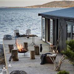Satellite Island, Tasmania - The deck in US Conde Nast Traveler Mag
