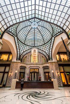 Gresham Palace lobby - Budapest