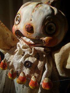 Halloween Folk Art by Melissa Valeriote: Halloween Folk Art Show and Tell