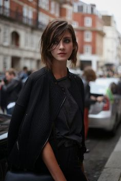 Best Haircuts for Fine Hair (13)