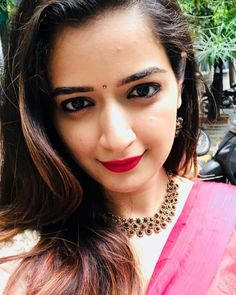 Most Beautiful Bollywood Actress, Beautiful Indian Actress, New Wife, Stylish Girl Images, Beauty Full Girl, Indian Beauty Saree, Girls Image, Indian Bridal, Indian Actresses