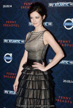 Eva Green 'Penny Dreadful' screening held at the St. Pancras Renaissance Hotel http://icelebz.com/events/_penny_dreadful_screening_held_at_the_st_pancras_renaissance_hotel/photo5.html