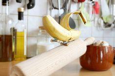 Skitchen (Skate + Kitchen) est une jolie série drôle conçue par l'artiste Benoit Jammes, banane skateuse