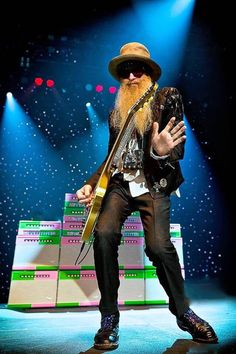 Billy Gibbons, ZZ Top, w/ a bunch of Magnatones