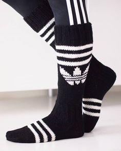 Kolme raitaa toimii aina! #adidas #adidassukat #knitting #handmadewithlove #woolsocks #kolmeraitaa #sport #Novita Knitting Charts, Knitting Socks, Hand Knitting, Crochet Shoes Pattern, Knitting Patterns, Adidas Socks, Wool Socks, Diy Crochet, Textiles