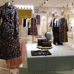 WEBSTA @ redvalentino - In the land of fancy #flowers! #REDValentino #FallWinter1617 PreCollection  #Milano #LaRinascente  #linkinbio to discover and shop the collection