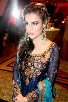 Hira Hashmi wears Bunto Kazmi