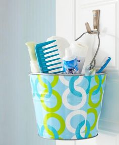 Fun idea for a bright beachy kids bathroom - fill a bucket with all their supplies!(and the grownups would love this in their beachy bathroom too) Bathroom Kids, Kids Bath, Beach Bathrooms, Cement Bathroom, Bathroom Stuff, Bathroom Colors, Bathroom Organization, Organisation, Bathroom Storage