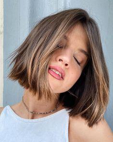 Hair Inspo, Hair Inspiration, Short Hair Cuts, Short Hair Styles, Brunette Lob, Chin Length Hair, Lob Haircut, Hair Color And Cut, Good Hair Day