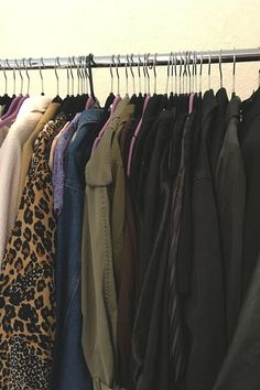 Read about the closet organizing ideas I learned from working with a stylist and see how I rearranged my own closet. Wardrobe Staples, Wardrobe Rack, Sell My Clothes, Organizational Design, Closet Organization, Comfort Zone, Stylists, Organizing Ideas, Mistakes