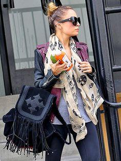NICOLE RICHIE'S BACKPACK photo | Nicole Richie  love the nude skull scarf  FASHIONISTA♥
